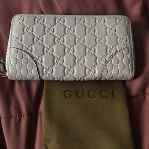 GUCCI GUCCISSIMA light pink wallet